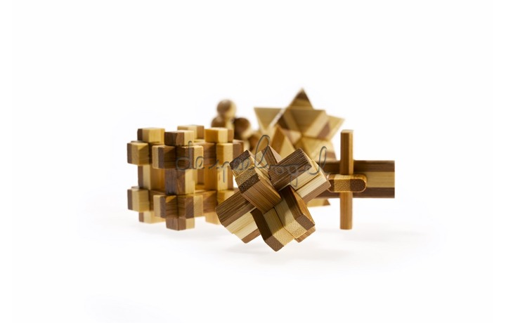 473128 Bamboo puzzel - Snake Cubes**