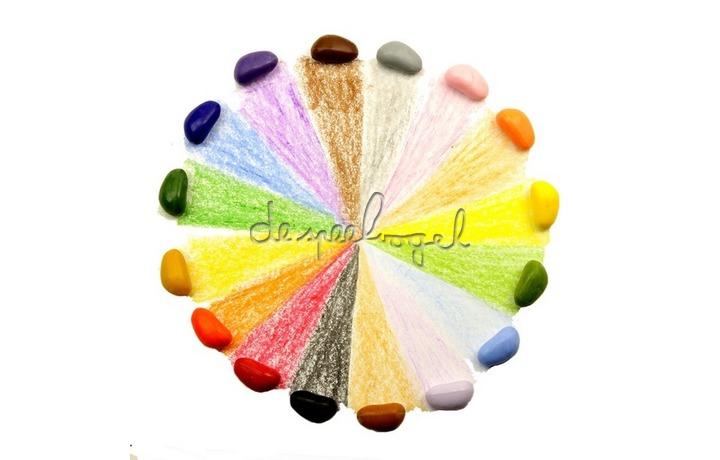 Crayon rocks, rood zakje met 16 kleuren