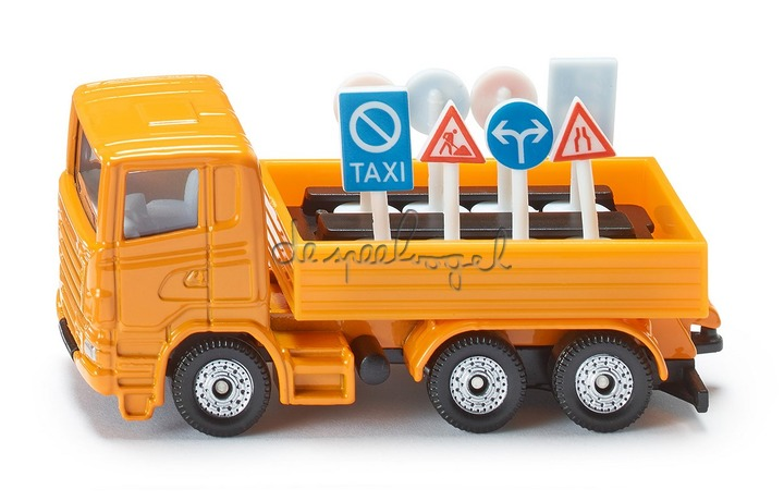 1322 Vrachtwagen met signalisatie