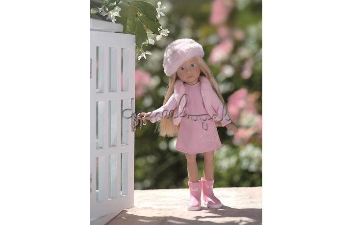 Vera Kruselings Doll (Casual Set)