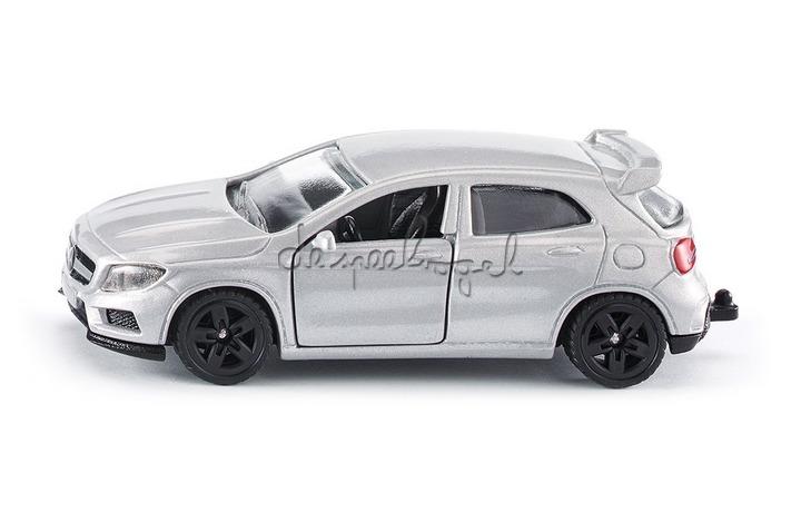 1503 Mercedes GLA 45 AMG