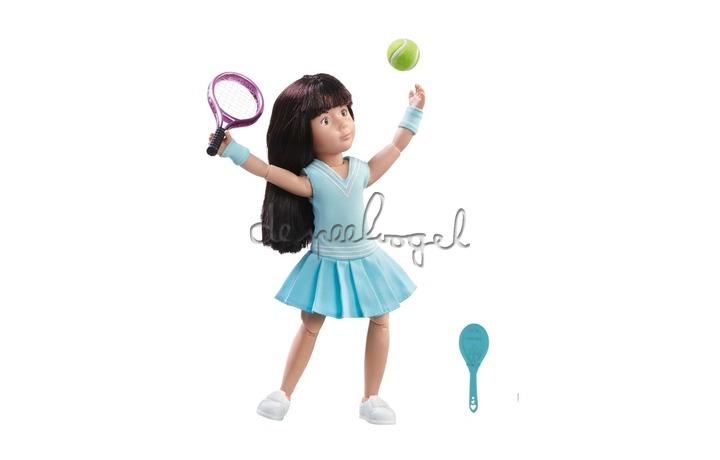 126851 Luna Loves Tennis