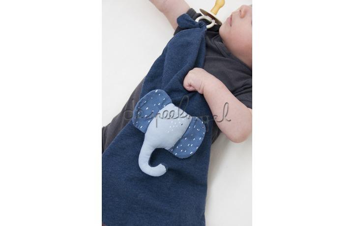 24281 Knuffeldoek - Mrs. Elephant